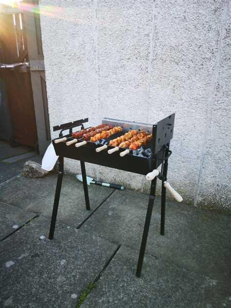 Cyprus BBQ Modern Greek Cypriot Foukou Rotisserie Charcoal Small BBQ | Black Review