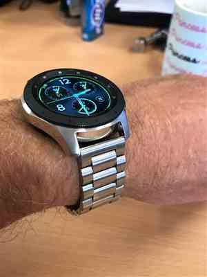 Andrew Wellman verified customer review of Classic Stainless Steel Samsung Galaxy Watch Band