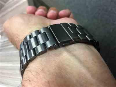 David D. verified customer review of Space Grey Classic Stainless Steel Apple Watch Band