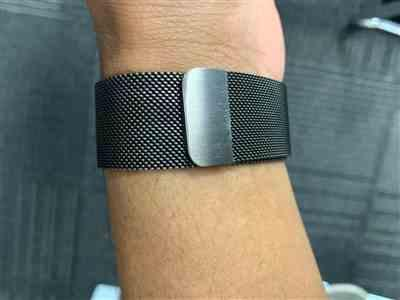 shivansh gupta verified customer review of Space Grey Milanese Loop Apple Watch Band