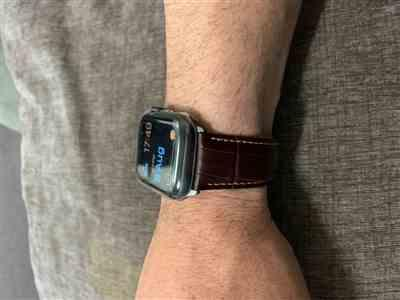 Anonymous verified customer review of Italian Calf Leather Deployant Clasp Apple Watch Bands