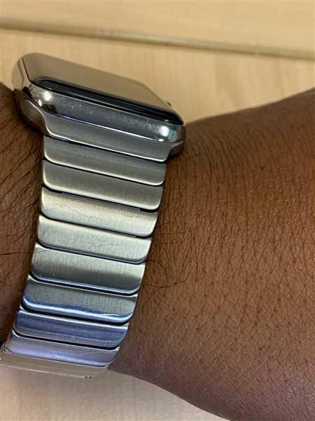 OzStraps Silver Ceramic Stainless Steel Apple Watch Band Review
