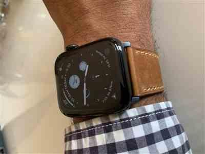 Anonymous verified customer review of Desert French Calf Leather Apple Watch Band
