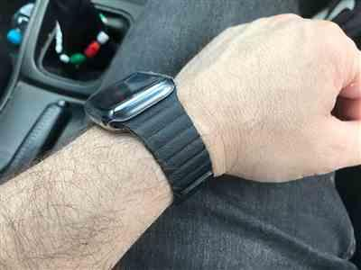 Daniel Pisani verified customer review of Leather Loop Apple Watch Band