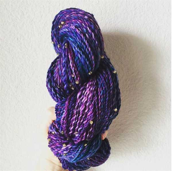 Paradise Fibers Malabrigo Nube Fiber Braids Review