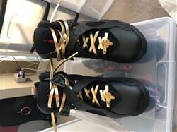 Nathaniel R. verified customer review of Gold Leather Shoelaces