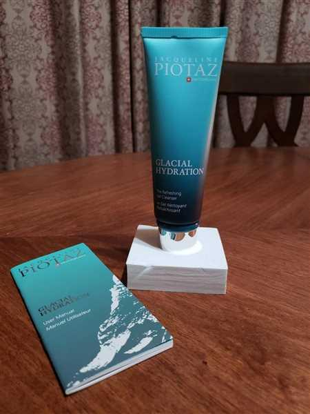 The Jacqueline Piotaz Team The Refreshing Gel Cleanser Review