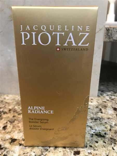 The Jacqueline Piotaz Team The Energizing Booster Serum Review