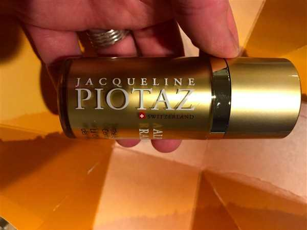 The Jacqueline Piotaz Team The Advanced Eye & Lip Contour Cream Review