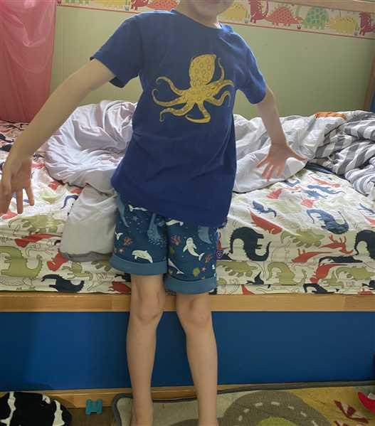 Svaha USA Blue-Ringed Octopus Glow-in-the-Dark Kids T-Shirt [FINAL SALE] Review