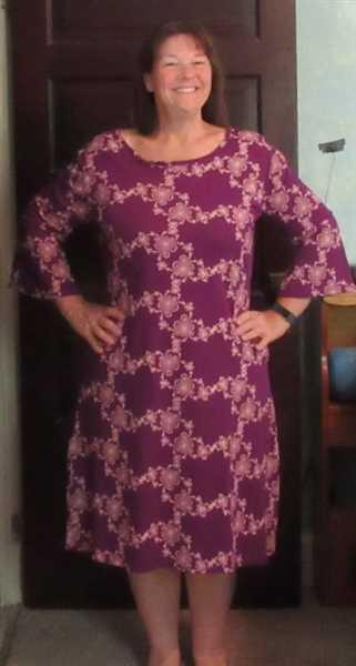 Svaha USA Chaotic Julia Set Fractals Curie Dress Review