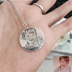 Sardor verified customer review of 925 STERLING SILVER ENGRAVABLE PHOTO AND LETTERS ROUND HANG TAG NECKLACE