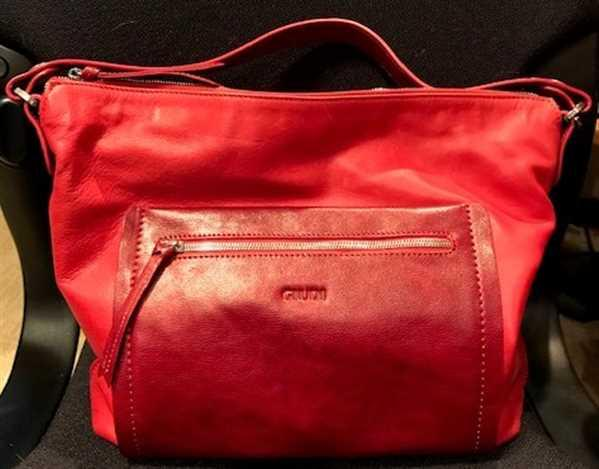 Carol Hay verified customer review of Fiamma - Soft Leather Shoulder Bag