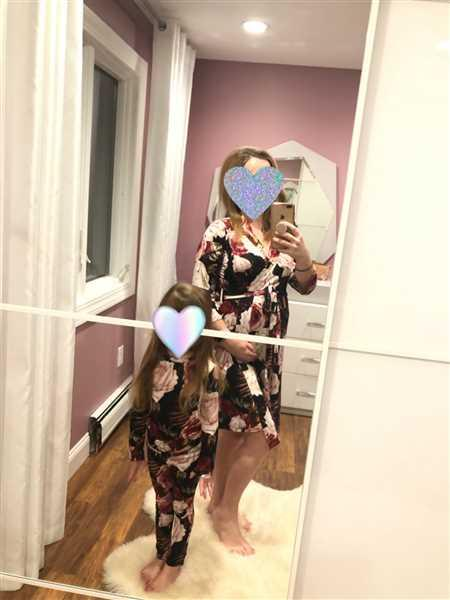 Alena Solokhina verified customer review of Zoey Floral Pajamas