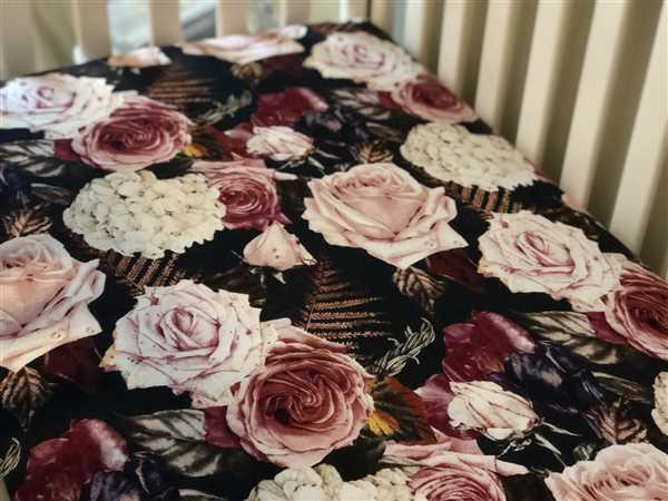 Jodi Finethy verified customer review of Zoey Floral Crib Sheet