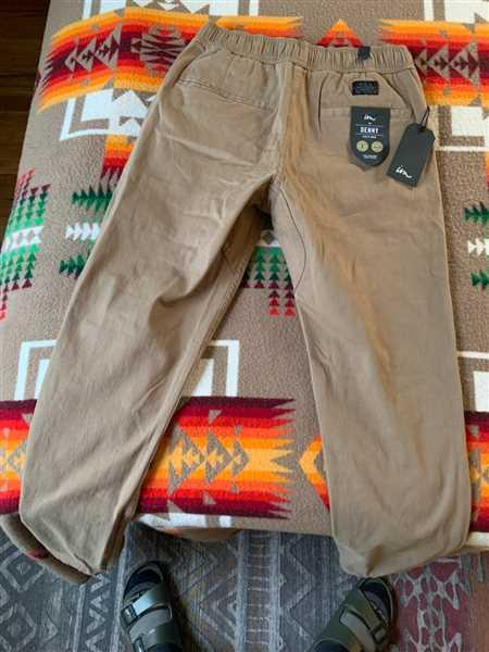 Damien Meredith verified customer review of Denny Jogger Khaki