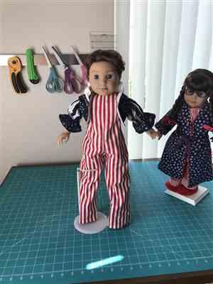 Della Cahill verified customer review of Stilt Walker Costume 18 Doll Clothes Pattern
