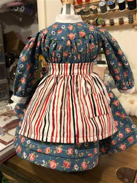 Mary Hughes verified customer review of 1850s Spring Gathering 18 Doll Clothes Pattern