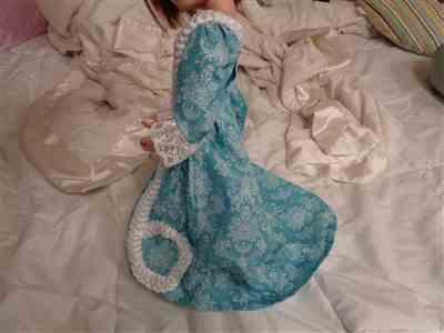 lilly verified customer review of Sacque Back Gown and Pet en l'ier Jacket For AGAT Dolls