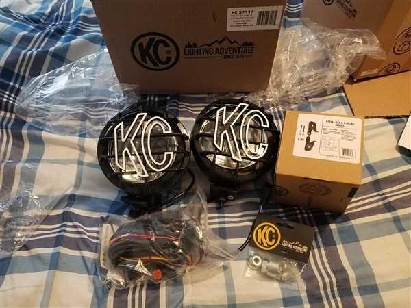 KC HiLiTES  Review