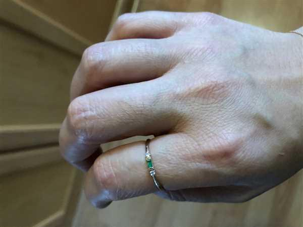 Linda Dockery verified customer review of 14k Baguette Emerald with Diamond Ring
