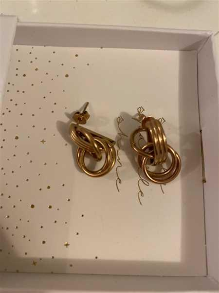 Patrizia Degiorgio verified customer review of PURELEI 'He Nui' Earring