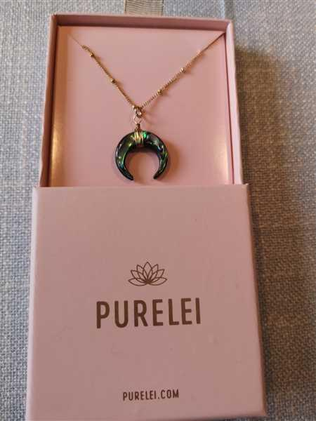 Anonymous verified customer review of PURELEI 'Paua' necklace