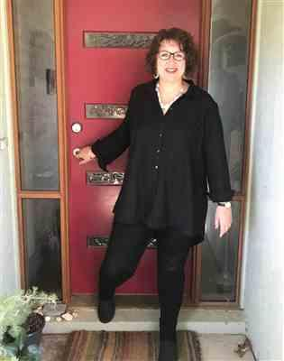 Alison M. verified customer review of Can't Get Enough of Your Love Split Back Shirt - Black