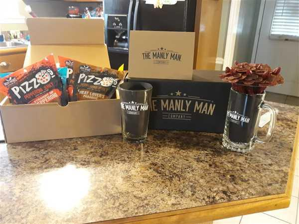Emily Delk verified customer review of Pizza & Beer Gift Box