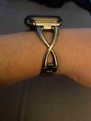 Melanie Johnson verified customer review of Stainless Steel Cuff Watch Bands