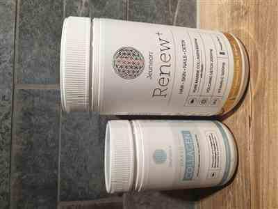 Hannah Penglis verified customer review of Jeuneora Eco Coffee Cup and Naked Collagen Combo