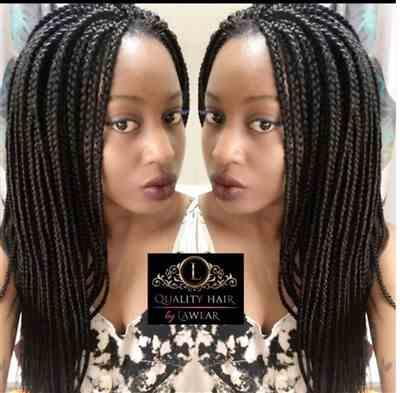 Naya verified customer review of Box Braids Fully Hand Braided Lace Wig (1B)