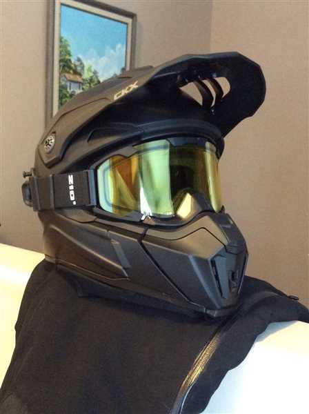 Anonymous verified customer review of CKX Titan Altitude Snow Helmet