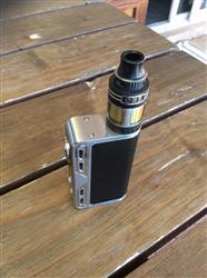 Riaan W. verified customer review of Smoant Charon 218W TC Mod