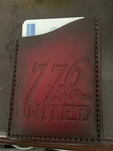 David colon verified customer review of 1776 United® Leather Card Holder
