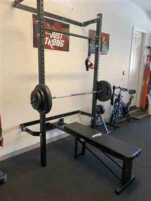 Laura Stayer verified customer review of Profile® Squat Rack with Pull-Up Bar