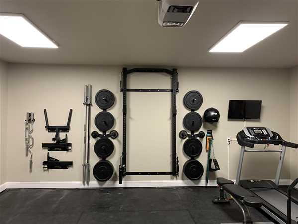 Justin verified customer review of Profile® PRO Squat Rack with Multi-Grip Bar
