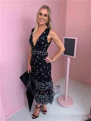 Michelle Dougan verified customer review of Love Shak Midi Dress