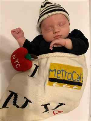 Alexandrea H. verified customer review of Organic Baby Gift Set - New York Metro-card Blanket, NYC Apple Infant Rattle & Hat