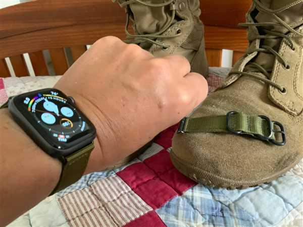 Monowear Nylon Band Review