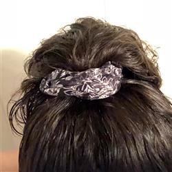 SweetLegs Canada White Fern Scrunchie Review