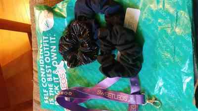 Alicia Cyr verified customer review of Midnight Scrunchie