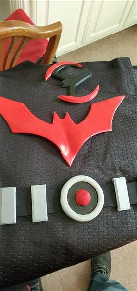 Erick verified customer review of Batman Beyond inspired chest emblem (can be made in various colors)
