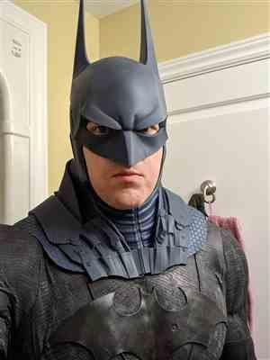 HalifaxBats verified customer review of Batman Arkham Knight inspired cowl, neck piece and shoulder piece (full 3 piece set)
