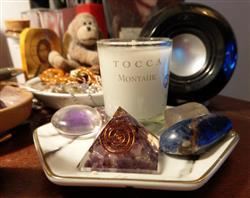 Diana N. verified customer review of Amethyst Orgone Mini Pyramid
