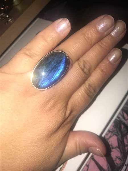 Maria Hereyra  verified customer review of Labradorite Oval Gemstone Ring - Adjustable