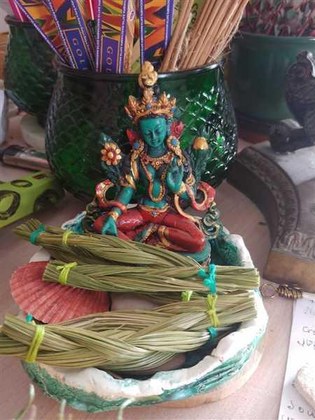 NepaCrafts Product Green Tara Turquoise and Coral Shaded Statue Review