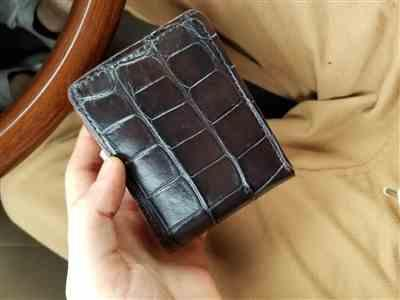 Bobby D. verified customer review of The Captain Black Alligator Skin Wallet