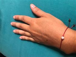 Catalina verified customer review of Pulsera de Hilo Rojo con Perla Cultivada
