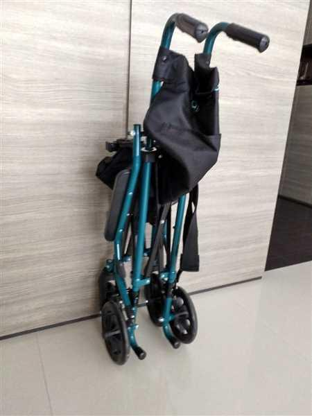 Albert Tan verified customer review of HappyWheels Travel Chair Portable Wheelchair
